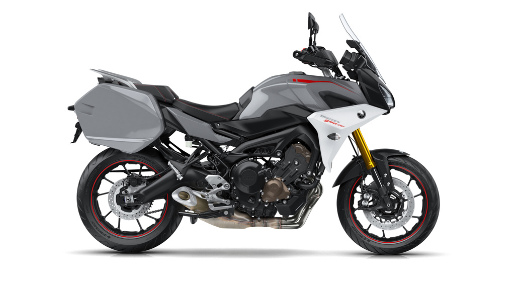 yamaha tracer 900gt 2018 pictures motorcycles news. Black Bedroom Furniture Sets. Home Design Ideas