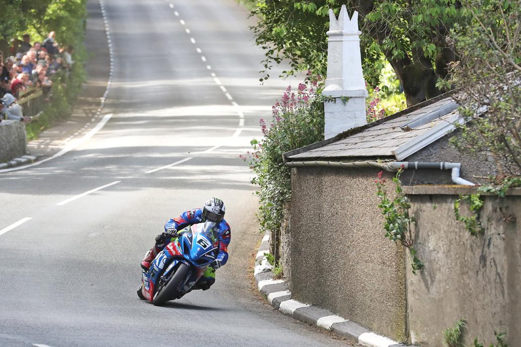 03/06/2017: Michael Dunlop (Suzuki/Bennetts/Hawk Suzuki) at Barregarrow during qualifying for the Monster Energy Isle of Man TT. PICTURE BY DAVE KNEEN/PACEMAKER PRESS