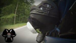 Fußposition Motorradfahren, sportliche Fahrweise