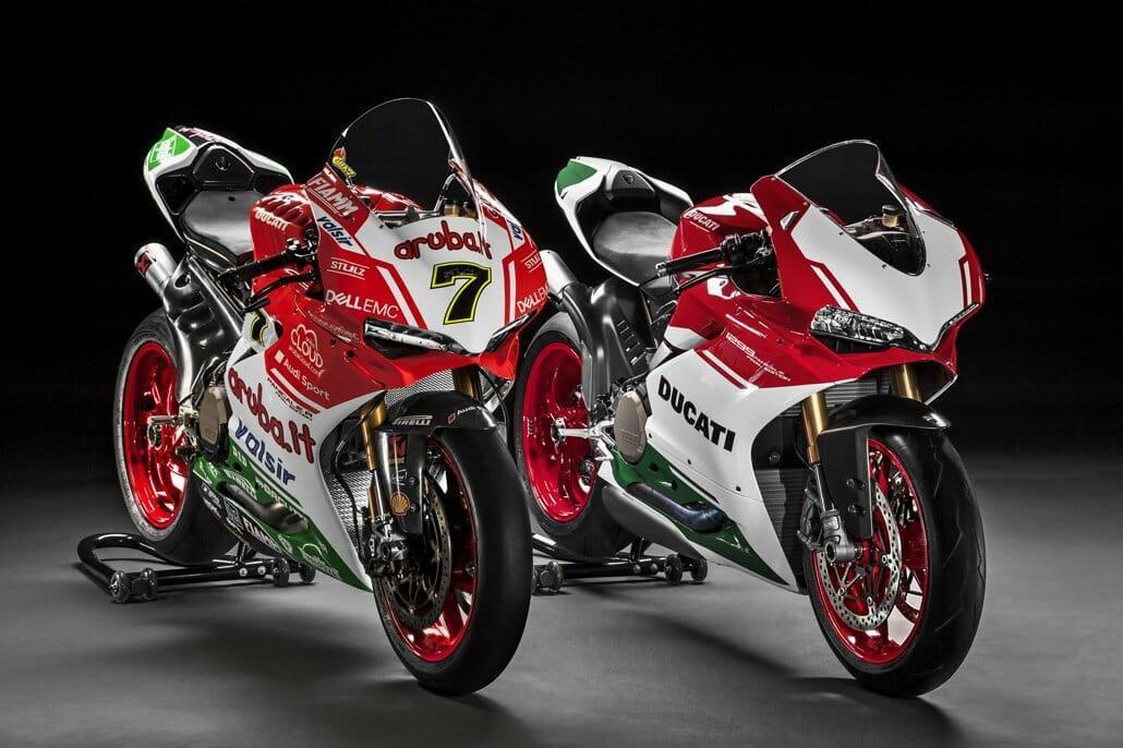 Ducati Monster Termignoni Vs Akrapovic