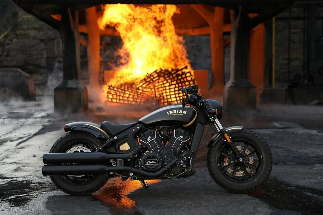 Indian Scout Bobber Jack Daniels - Pictures