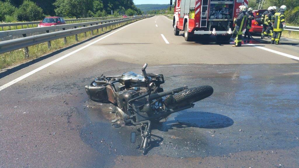 Tödlicher Unfall auf der A8 bei Zweibrücken mit Fahrerflucht - Bericht des SWR