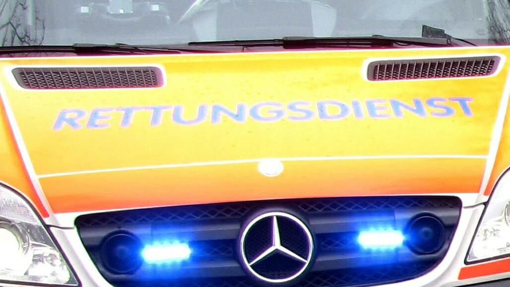 Tragischer Unfall zwischen Motorrad und Feuerwehrauto