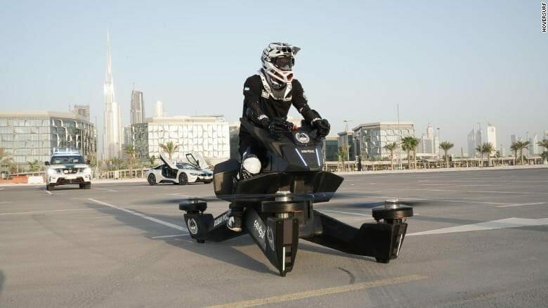 fliegendes motorrad