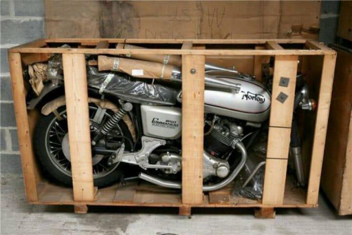 12 brandneue und dann vergessene Motorräder aus den 70ern gefunden