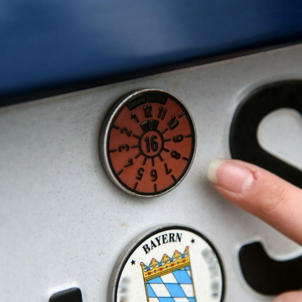 Fahrer-Assistenzsysteme zukünftig mit TÜV-Pflicht?