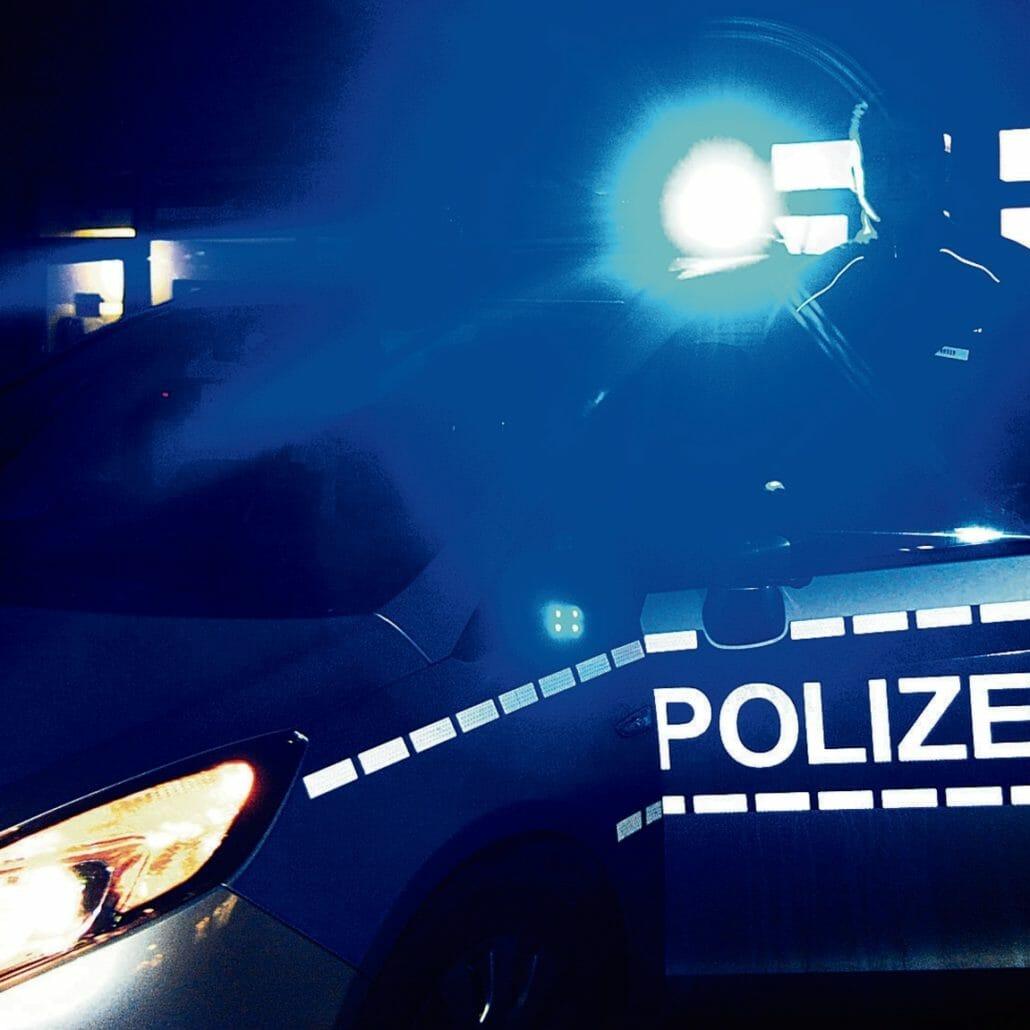 Nach Alleinunfall ohne Zeugen, Führerschein & Motorrad wegen illegalem Rennen beschlagnahmt