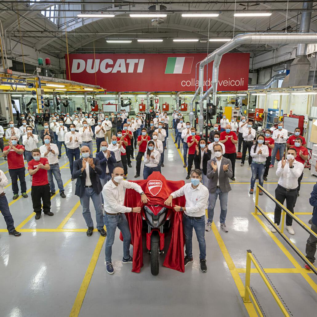 Produktion der Ducati Multistrada V4 mit neuer Technologie hat bereits begonnen