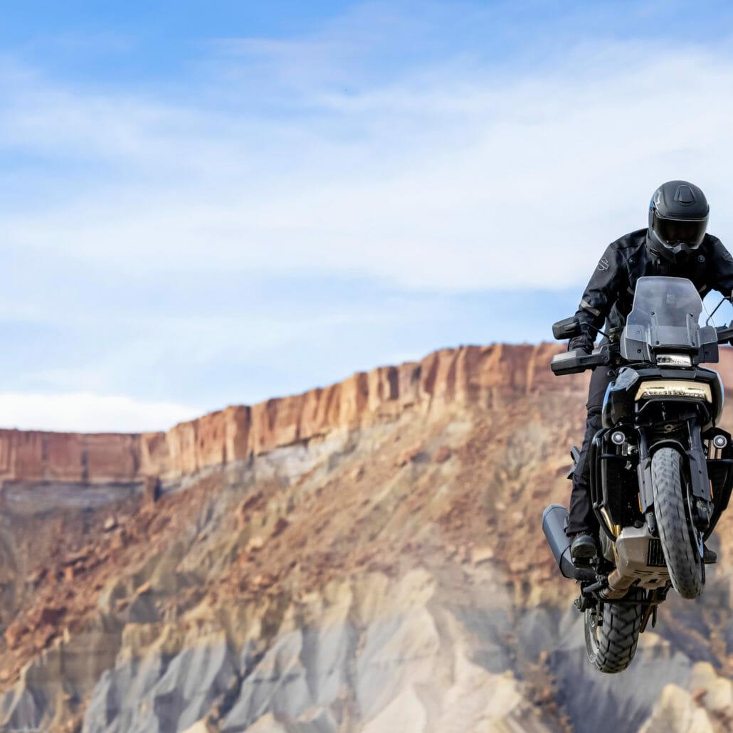Digital presentation of Harley-Davidson models for 2021